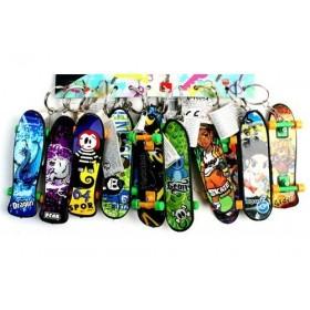 12 porte-cles Skateboard lot kermesse