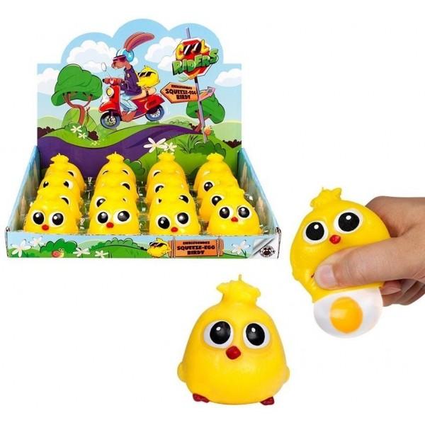 Poussin avec œuf , petit cadeau Pâques